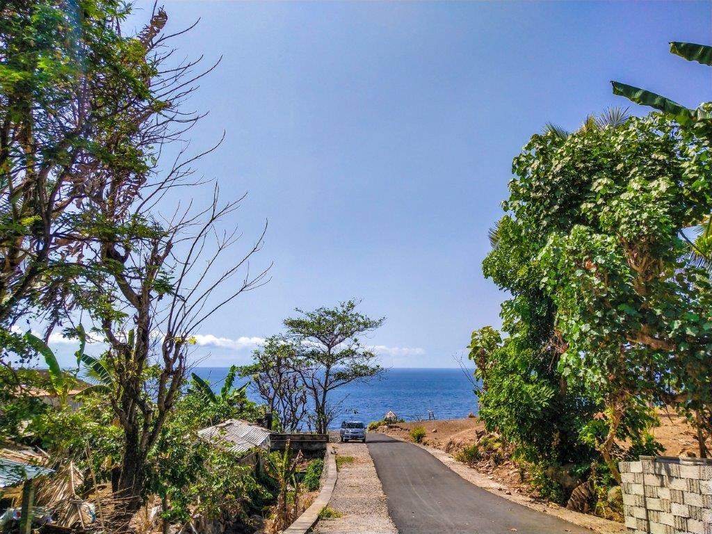 beach location on volunteering suraya ivi