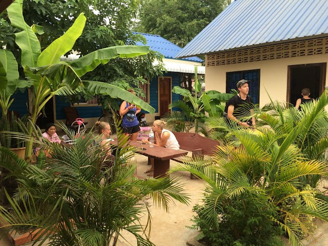 samraong communal eating areas for volunteers abroad