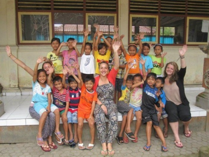 teach english in bali