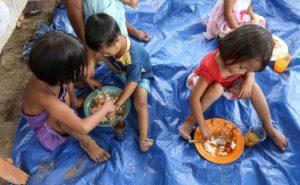 street children 300x185 - Philippines