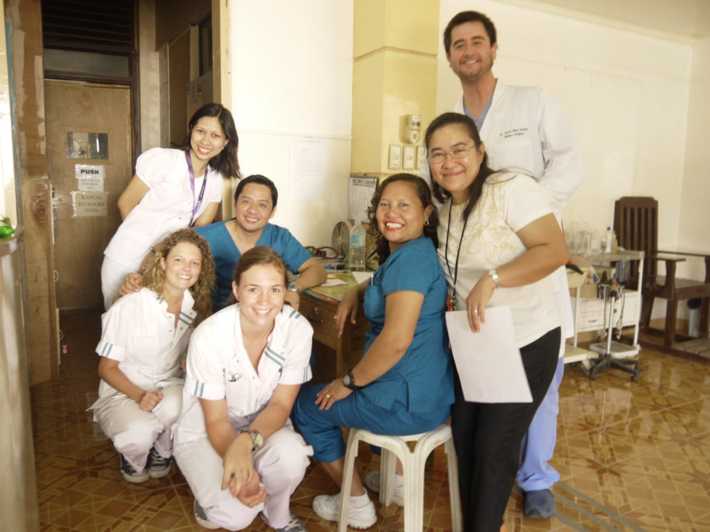 medical 1024x768 - Medical Internships - Observing Real Doctors Abroad