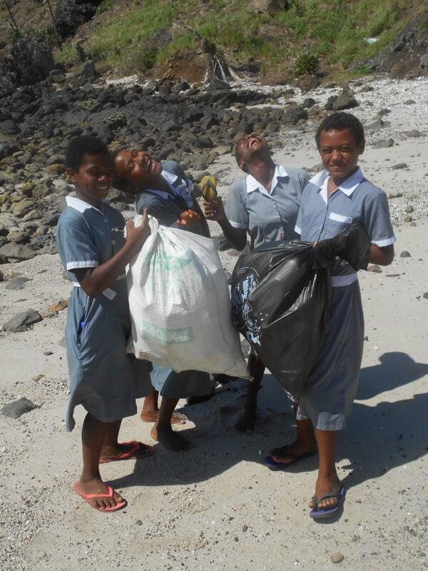 Island Teaching with IVI Fiji Review - 2016 1