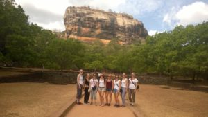 volunteer touring in sri lanka