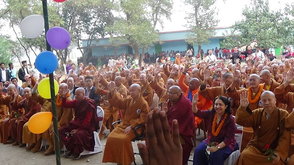 monks3 - Bodhgaya India Volunteering - 2017