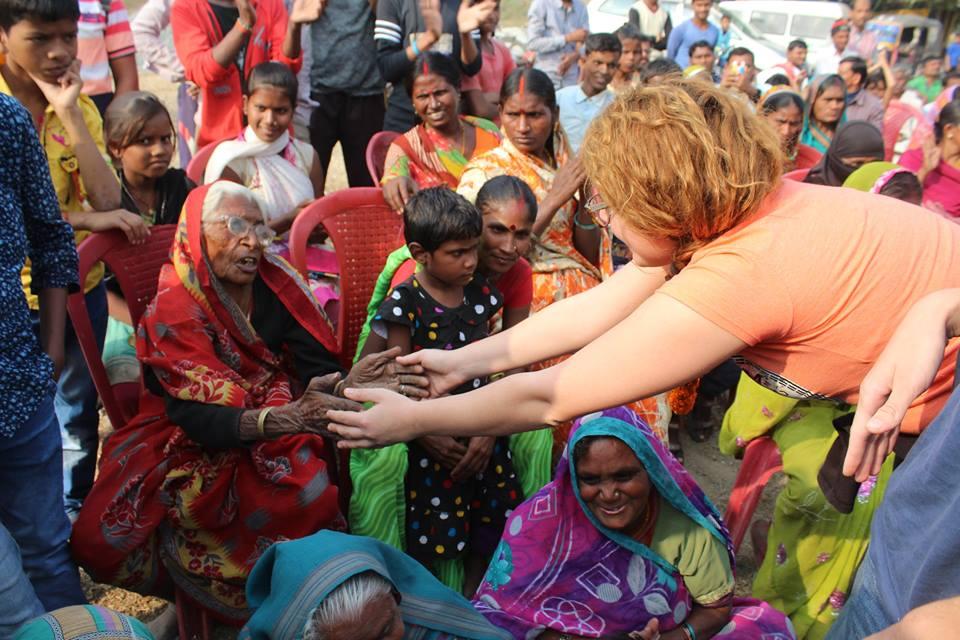 other - 10 Amazing Benefits of Volunteering Overseas