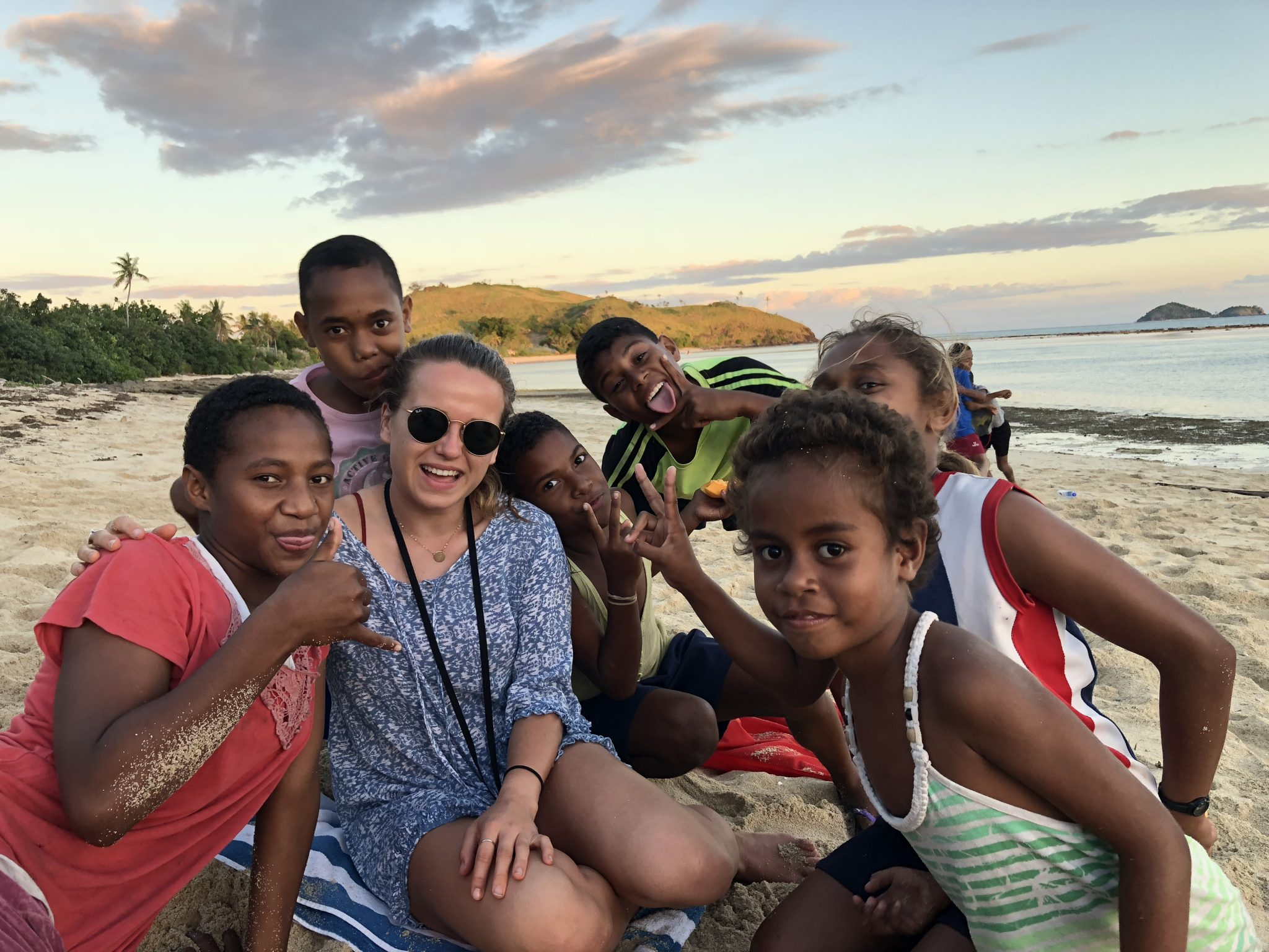 Volunteer teaching picture in Fiji islands