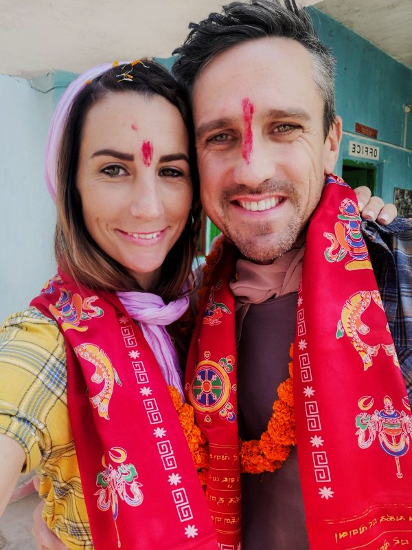 el and lee in india 600x800 - Experiencing Bodhgaya, India