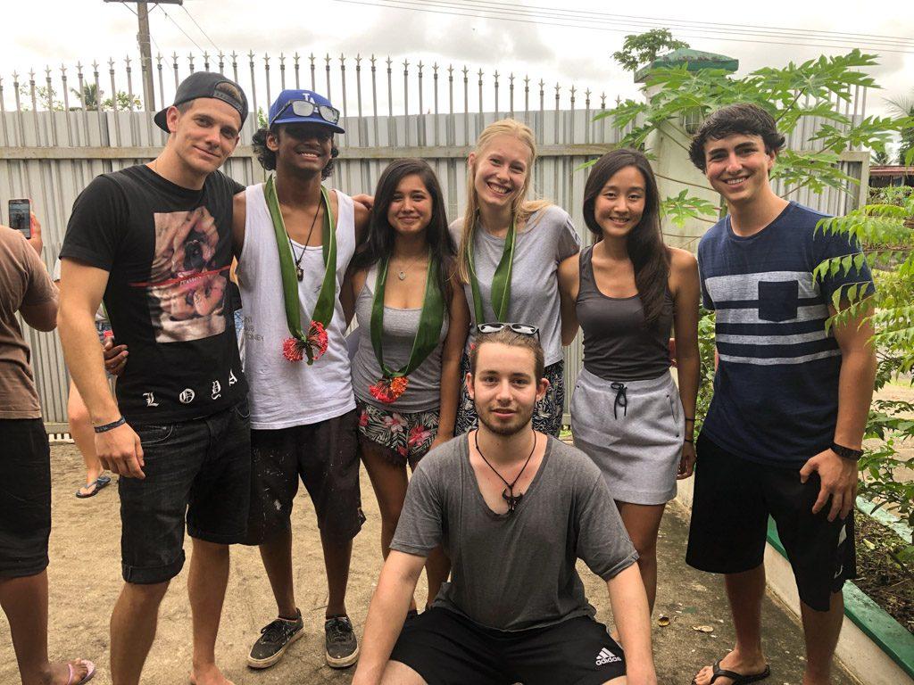 IVI volunteers in Fiji