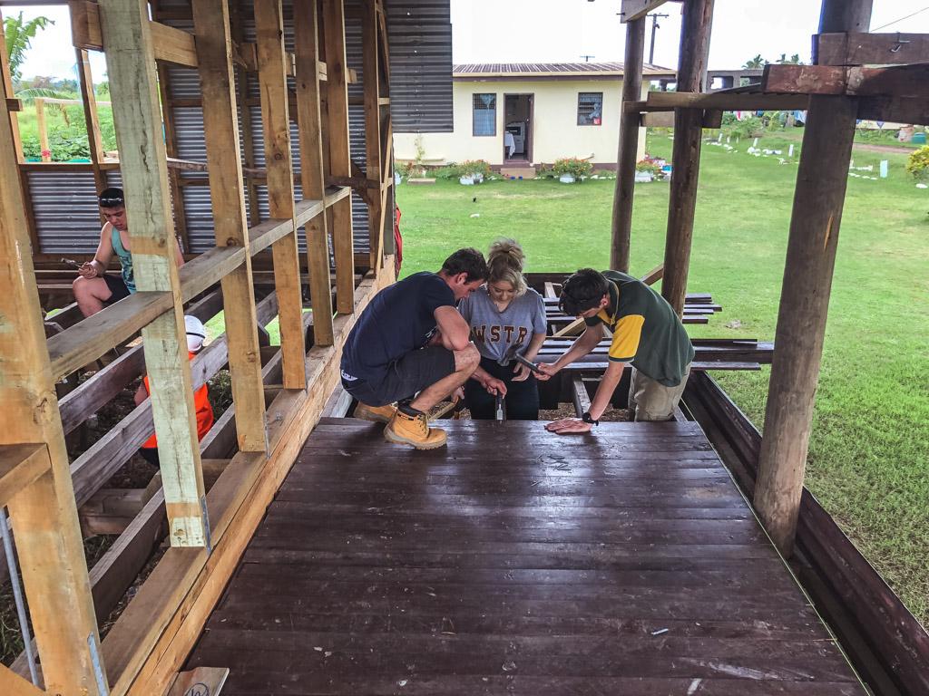 IVI Volunteers on building project Fiji