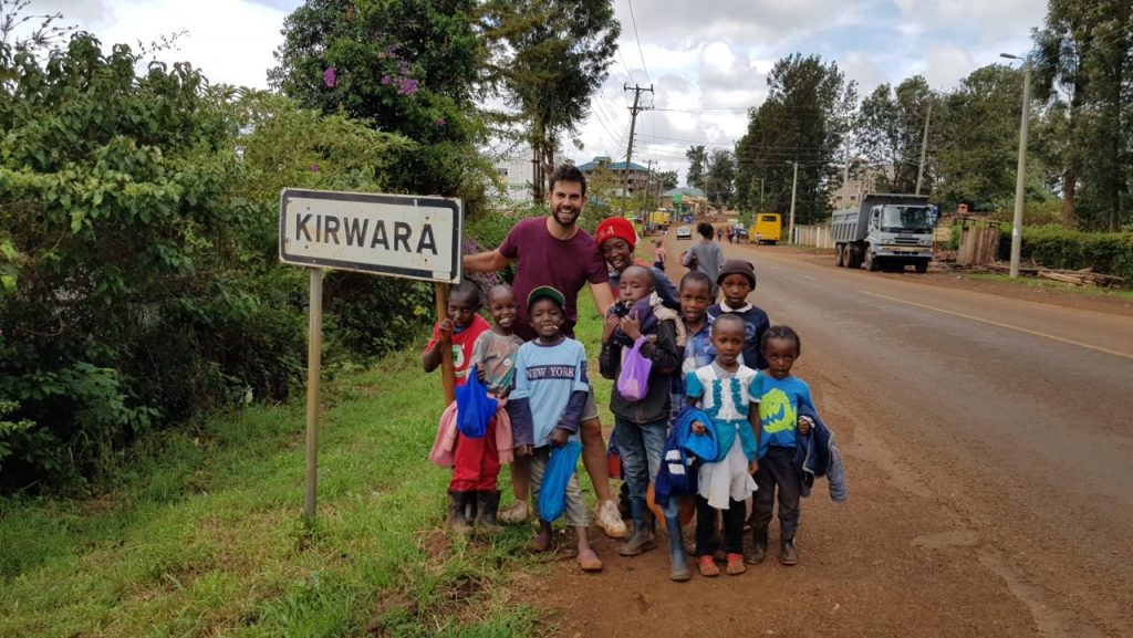volunteers in kenya 1024x577 - English Teaching in Kenya Experience