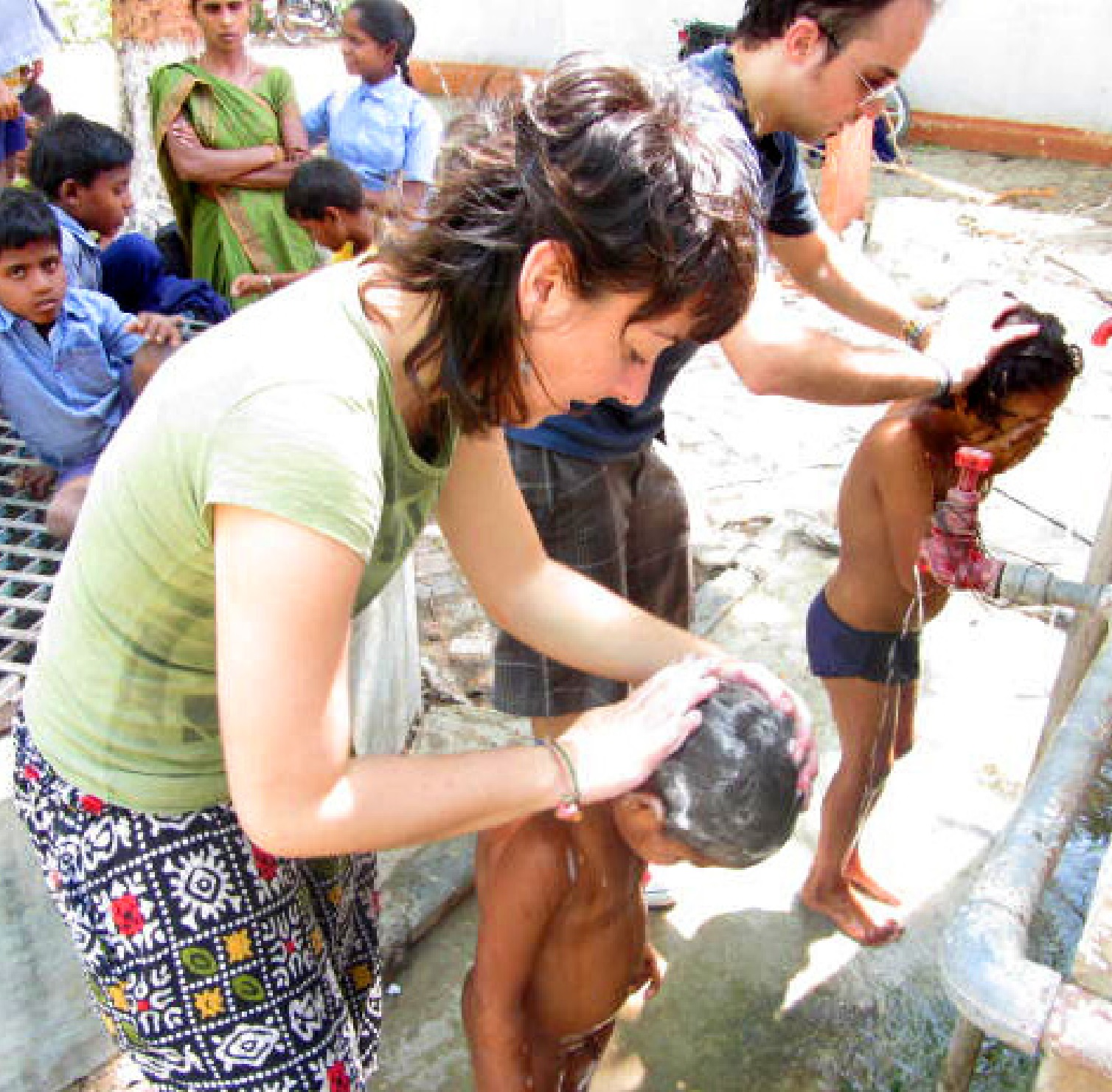 washing the children at Bodhi school