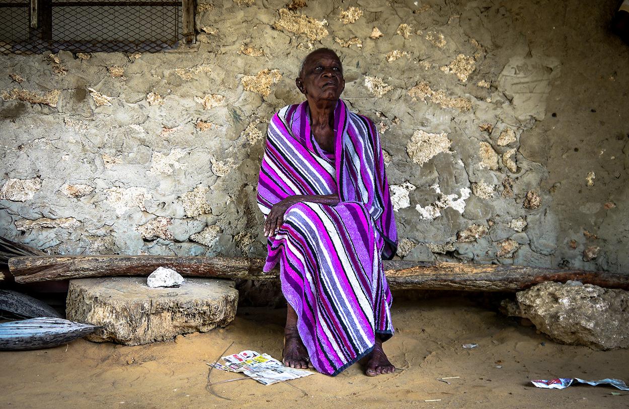 elderly-woman-sitting