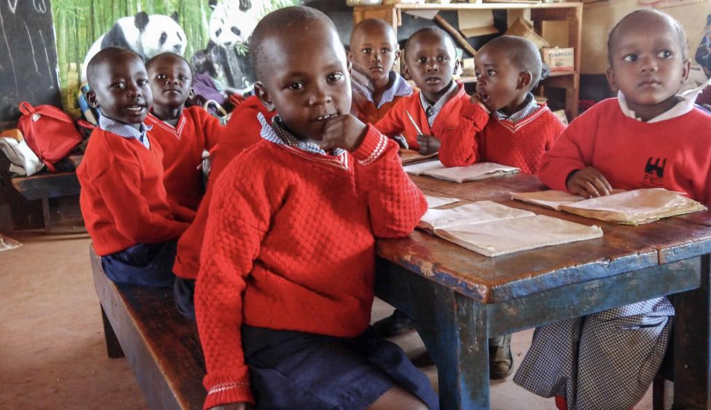 kindergarten students at their desk-2