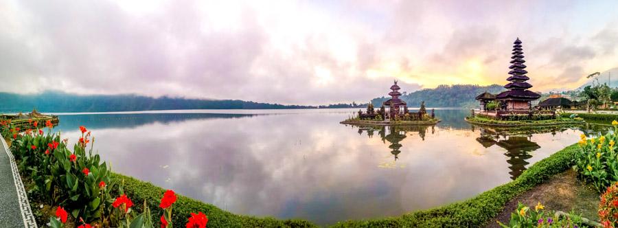 lakeside temple-