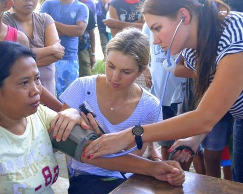 brooke and amy in philippines medical placement