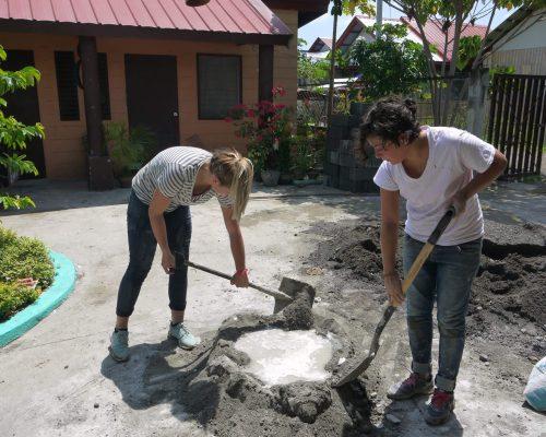 construction volunteers IVI