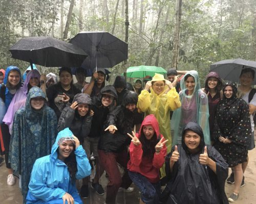 Group photo of participants - Raining day