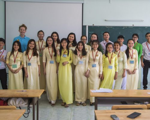 Group photo of participants with students- Ho Chi Minh (2)
