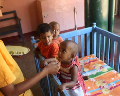 volunteers can help in the childrens home sri lanka