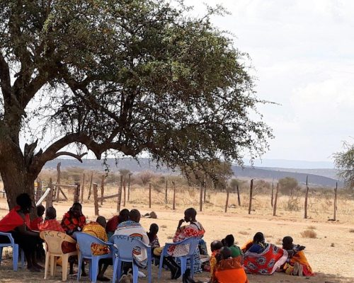KE Mara Womens group gather under tree