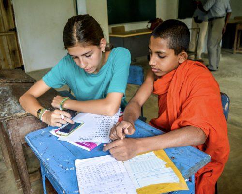 _Participant teaching novice monk
