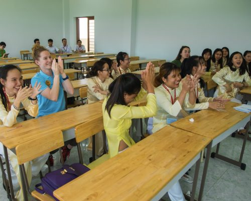 _Participants and students in the classroom, IVI volunteer