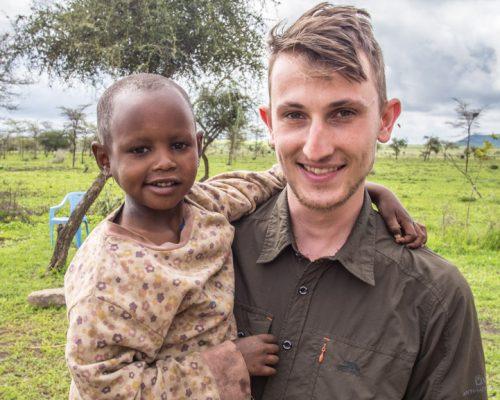 _Participants carrying the Maasai kid (2)