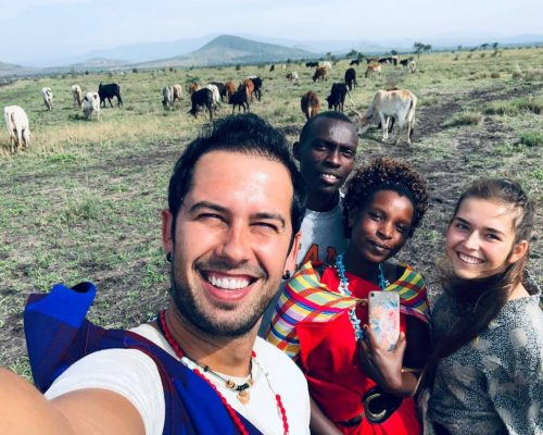 _Participants taking selfie with maasai people