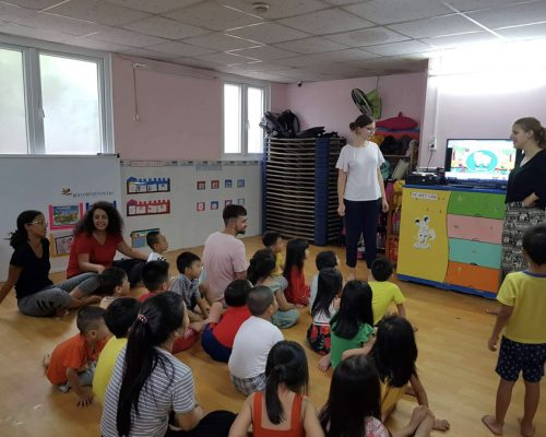 Participants teaching English to kids-Ho Chi Minh