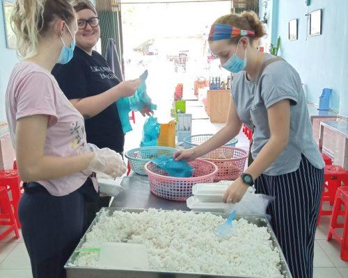 Preparing food (2)