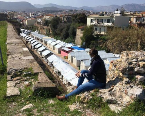 sam malin outside greece refugee facility chios