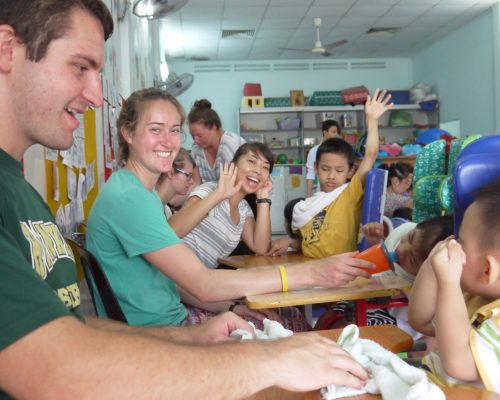 volunteer in orphanages vietnam