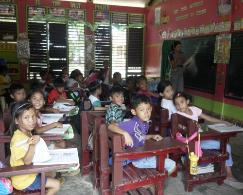 Students in the classroom (1)