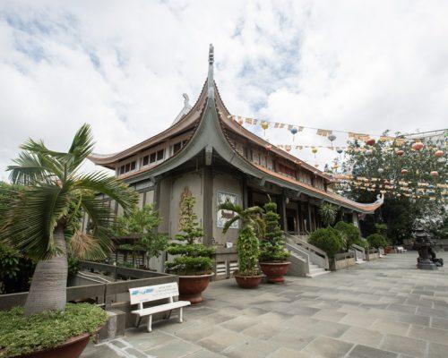 Vinh Nghiem Temple