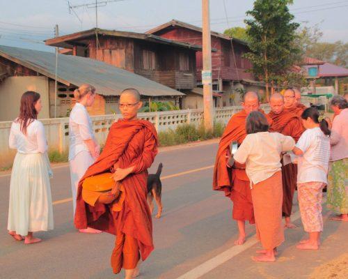 buddhists thailand