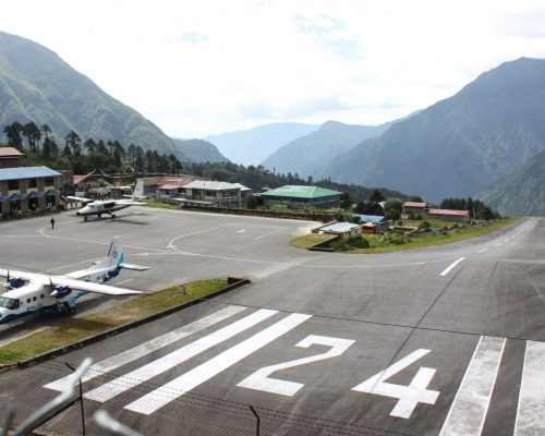 crazy airport in lukla nepal