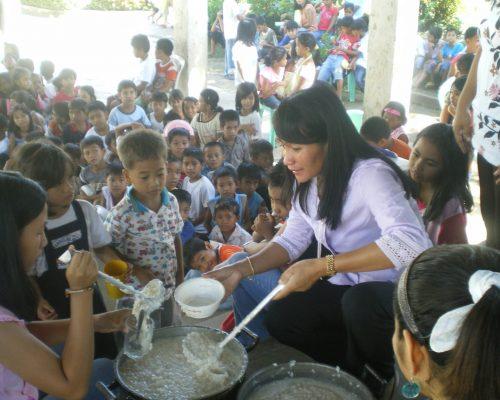 nutrition volunteering overseas