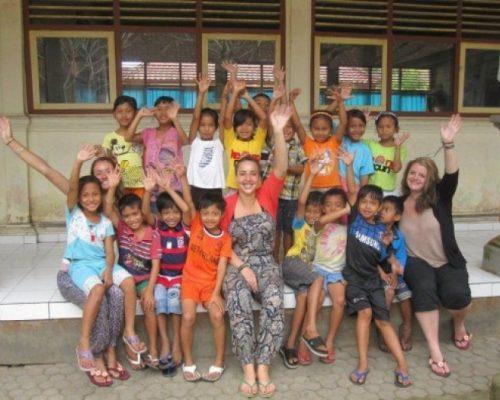 teach english in bali