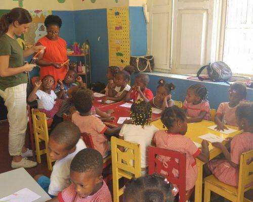 kids working in classroom