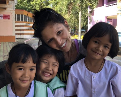 lucy with some thai children on placement in Singburi