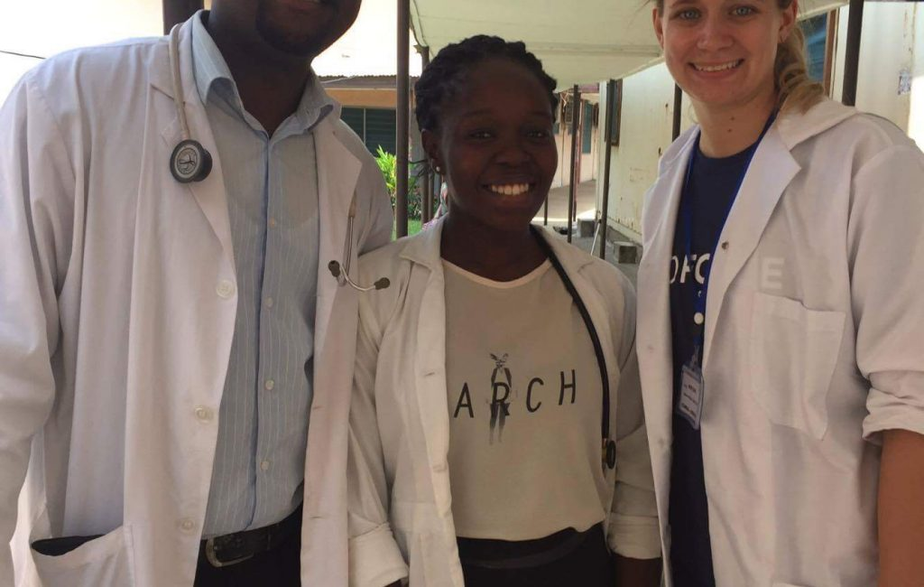 medical volunteers in Ghana