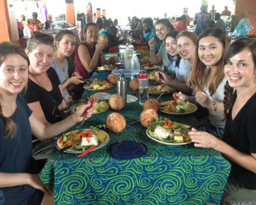 nutrition group dinner out in vanuatu