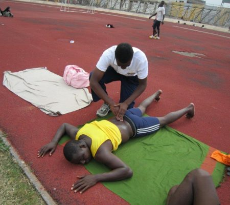 treating a runner with physio