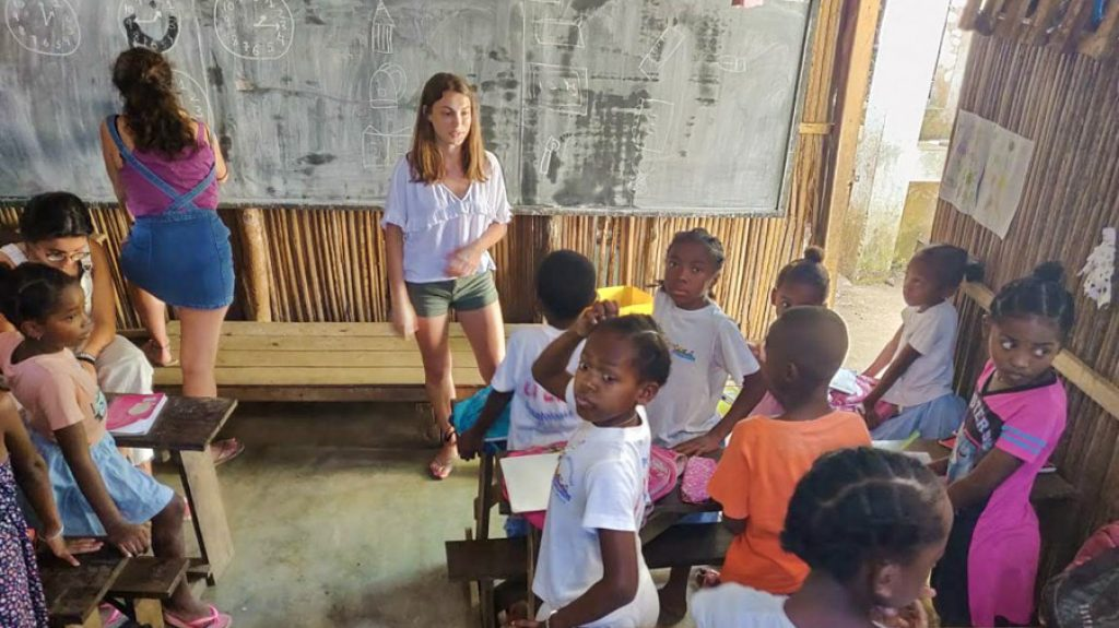 teaching English Madagascar (9)